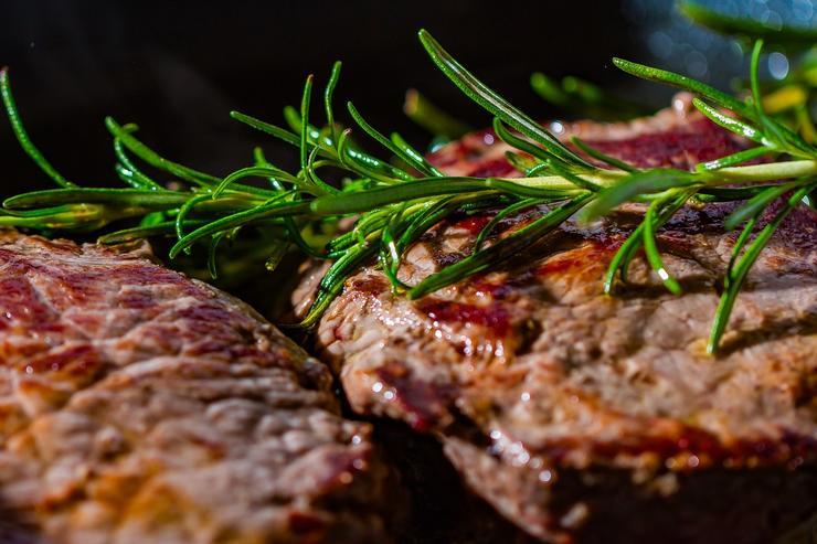 ТОП-5 мясных блюд для новогоднего стола - foodandmood.com.ua